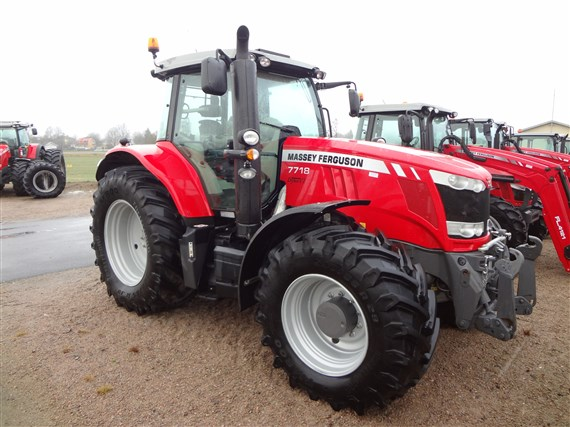 Massey Ferguson 7718 S Dyna-VT Exclusive